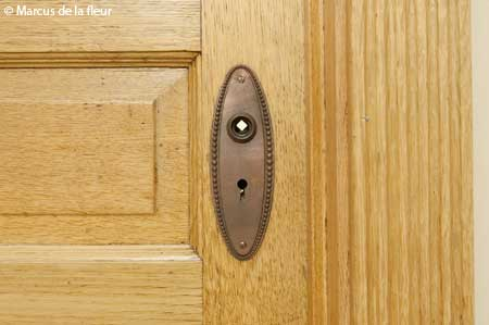 door-hardware-04